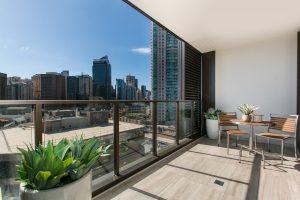 Balkonvekleidung aus Glas